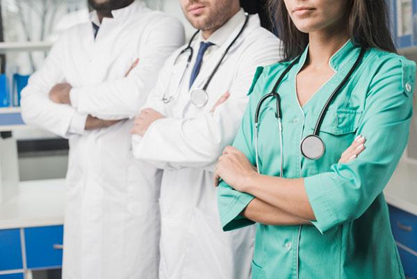 ropa-hospitalaria-media-confecciones